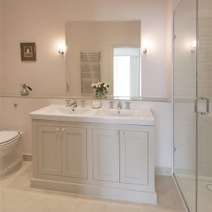 traditional Bathroom vanity unit, ensuite, shower room, Nikkirees.com, wimbledon interior designer, london and surrey interior design