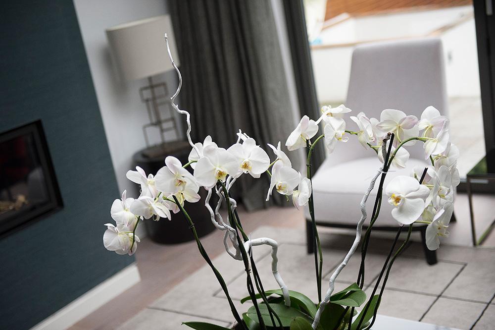 6-nikki-rees-coffee-table-rug-lighting-interior-design-wimbledon-london-surrey