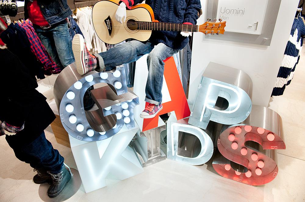 Retail props, nikkirees.com kids lighting retail designer Wimbledon London