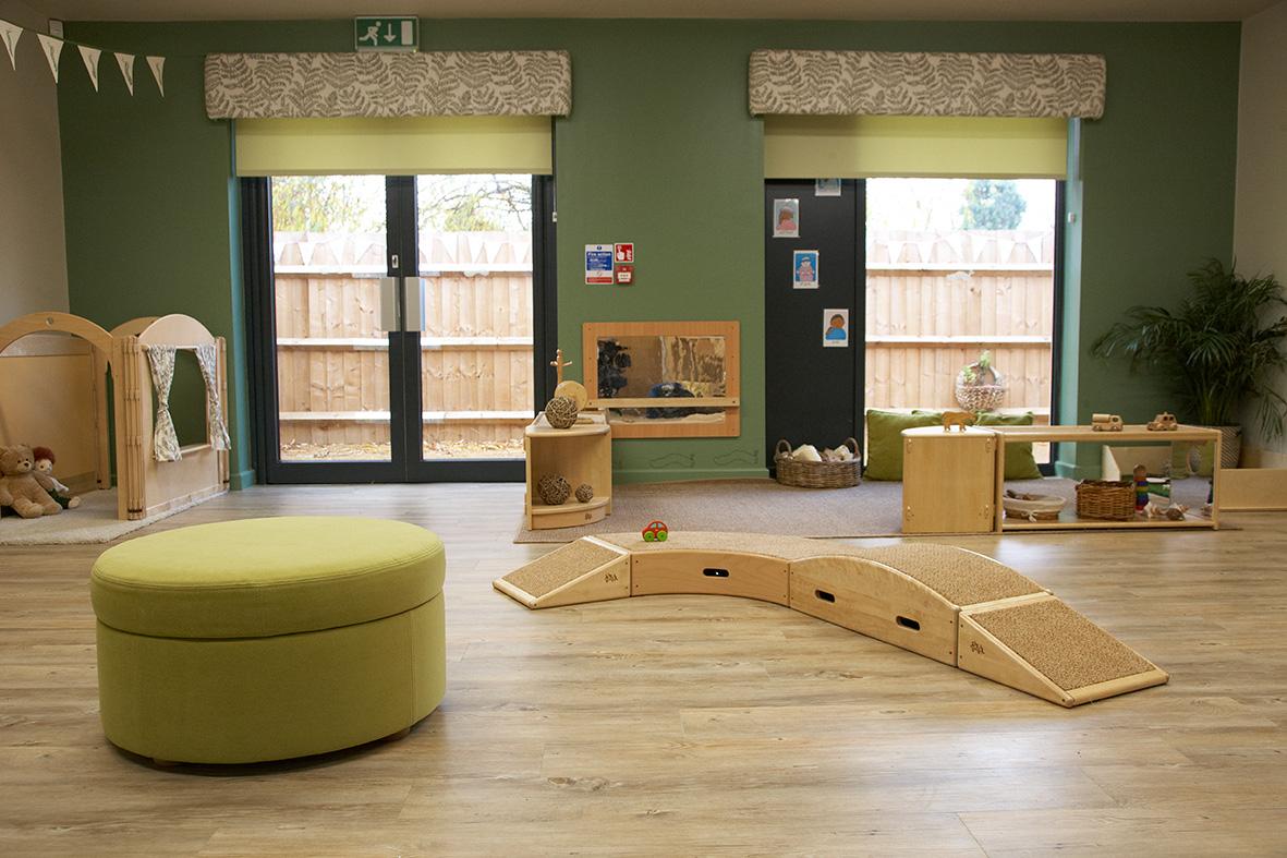 Decorcafe-nikki-rees-caterpillar-room-nursery-designy